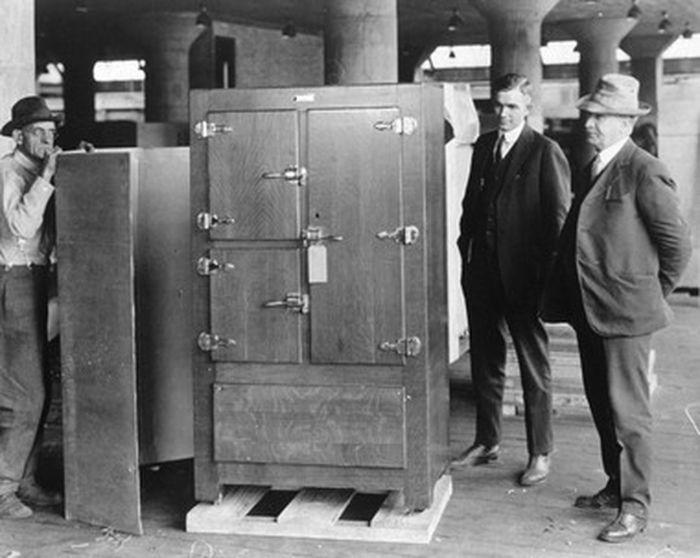 Один из первых холодильников Frigidaire, выпущенных компанией General Motors. /Фото: oregonlive.com