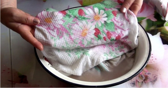Перекись водорода помогает справиться не только с ранками, но и с грязными полотенцами. /Фото: s3.eu-central-1.amazonaws.com