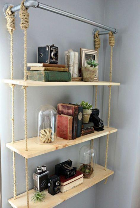 Практичное и красивое дополнение для комнаты. /Фото: i.pinimg.com