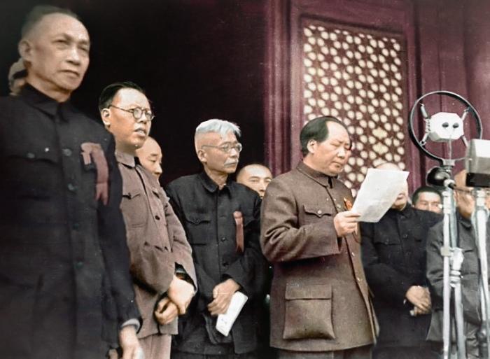 «Френч Мао» долгое время носил весь Китай. /Фото: historytoday.com