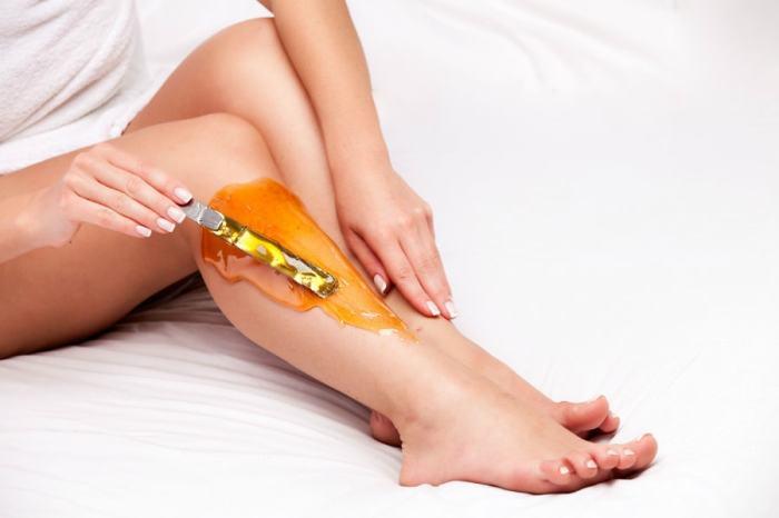 Присыпка уменьшает боль при депиляции и защищает кожу от раздражения. /Фото: barb.ua