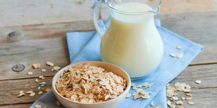 Овсяное молоко — растительная альтернатива продуктам животного происхождения. /Фото: static.relax.ua