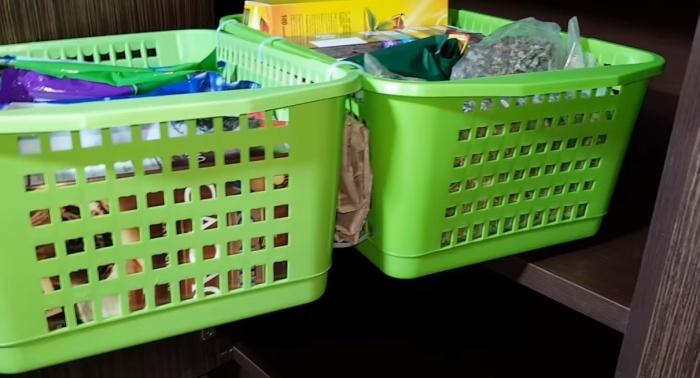 Прокладки между корзинками обеспечивают устойчивость конструкции.
