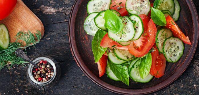 Овощи увеличивают объем порции, не добавляя калорийности. /Фото: explorediet.co.uk