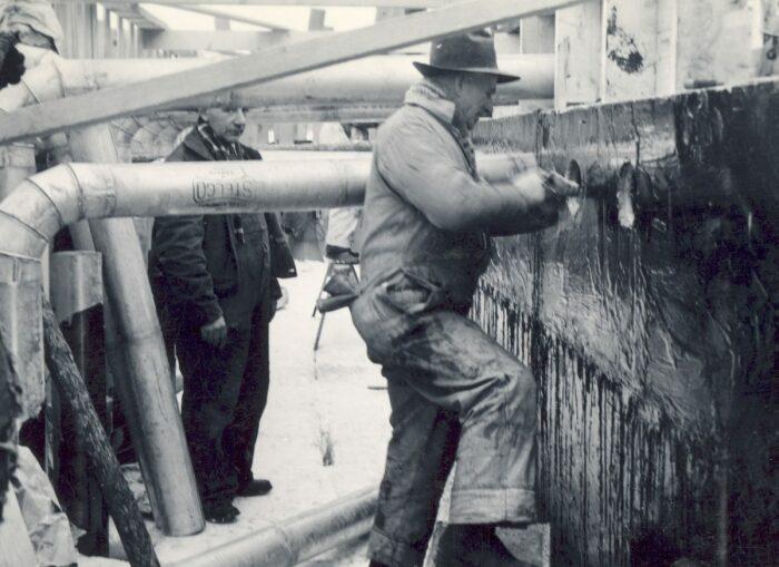 Между листами пайкерита проходили трубопроводы системы охлаждения. /Фото: mountainculturegroup.com