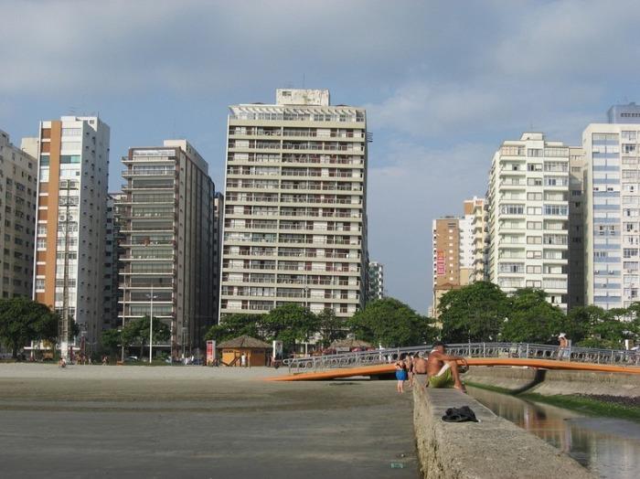 Бразильские «Пизанские башни». /Фото: lh3.ggpht.com