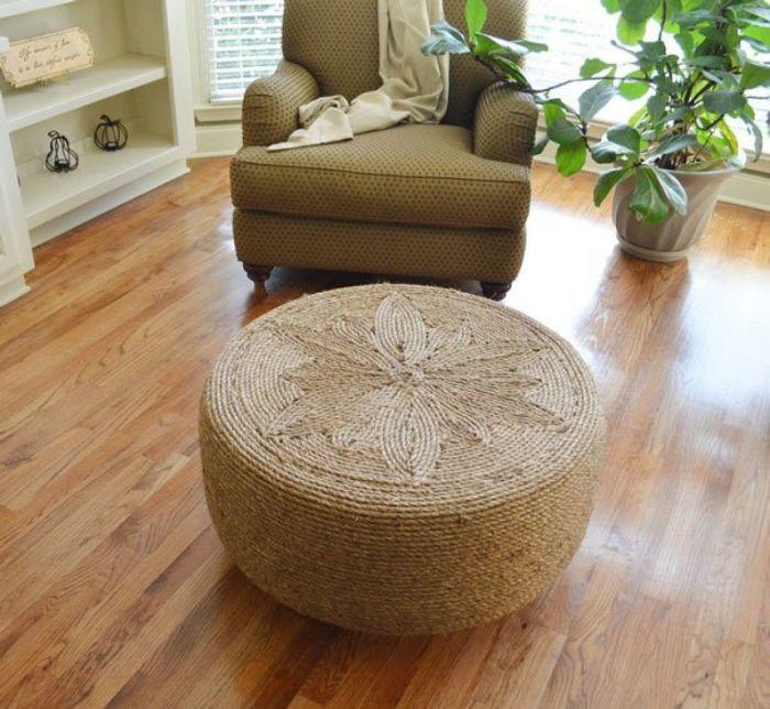 Мало кто поверит, но такой пуф изготавливается из дешевых материалов. /Фото: media.doisongvietnam.vn