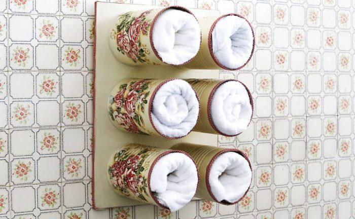 Такой органайзер подойдет не только для полотенец, но и для других вещей. /Фото: tudoela.com