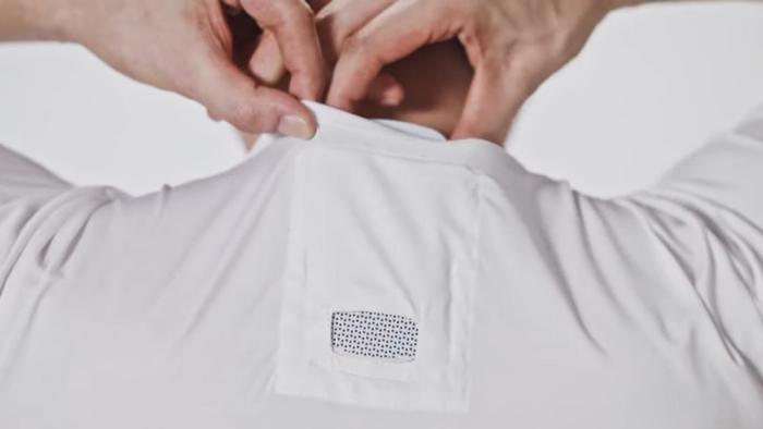 Reon Pocket создает комфортный микроклимат и совсем незаметен на спине. /Фото: robbreport.com