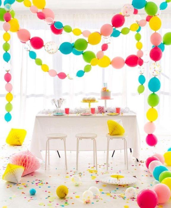 Какой праздник без воздушных шаров? /Фото: i.pinimg.com