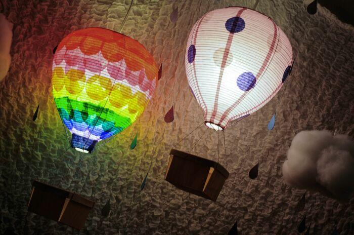Волшебные светильники, которые украсят детскую или взрослую спальню. /Фото: i.pinimg.com