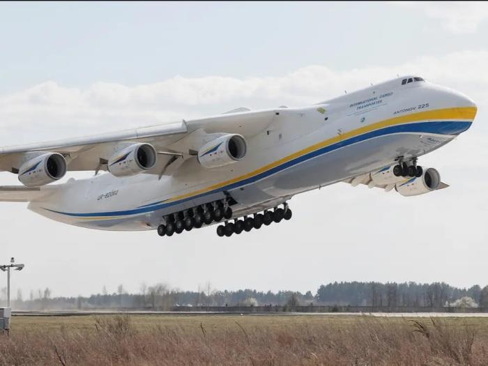 Ан-225 «Мрия» существует в единственном экземпляре. /Фото: i.insider.com