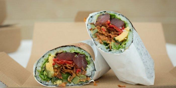 Есть причина, по которой такие блюда не готовят ни в Мексике, ни в Японии. /Фото: sushiholl.com.ua