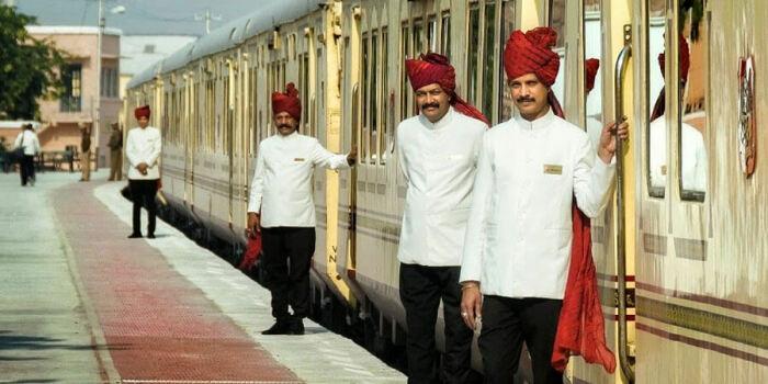 Путешествие на Palace on Wheels занимает 8 дней и проходит через самые интересные места Раджастхана. /Фото: luxetrains.com