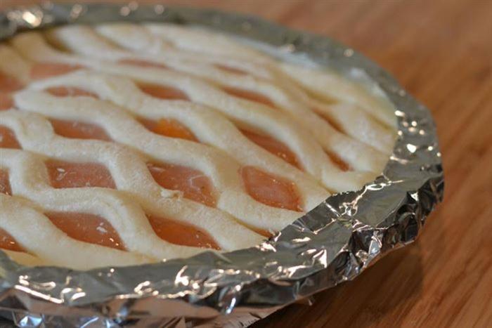 Если нужно сделать вкусный пирог, без фольги не обойтись. /Фото: images.pausecafein.fr