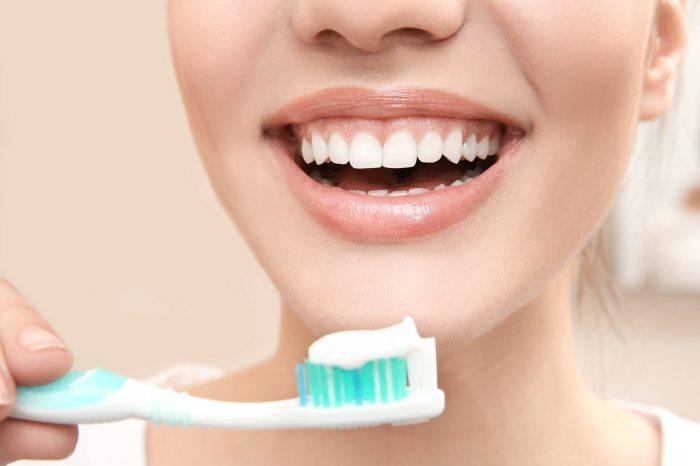 Частая чистка зубов может нанести непоправимый вред эмали. /Фото: ciroccodentalcenterpa.com