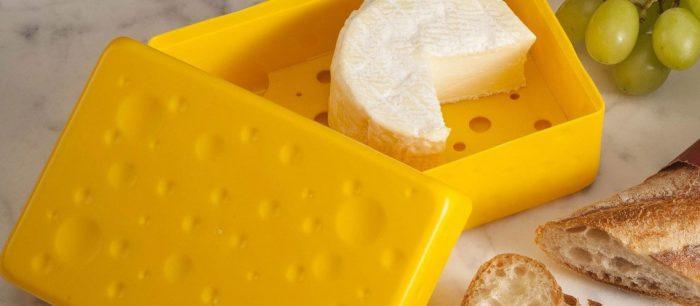Упаковывая еду в контейнеры, положите туда кусочек сахара. /Фото: stozabot.com