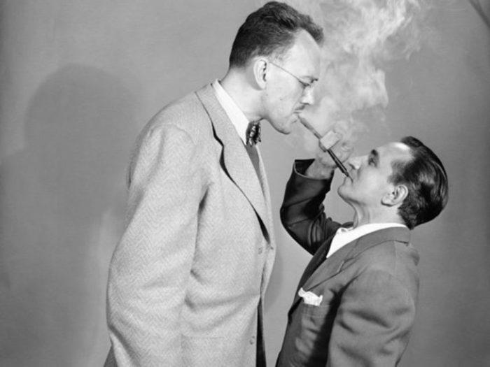 Двусторонняя трубка для курения – в чем смысл? /Фото: difundir.org