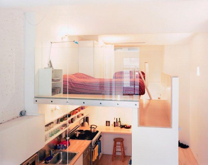 Кухня и спальня в одной комнате — актуальное и современное решение для малогабаритных квартир. /Фото: avatars.mds.yandex.net