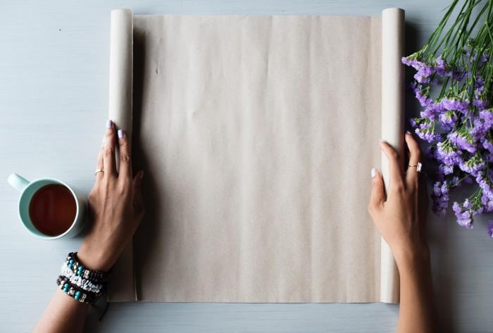 Раковина и краны будут блестеть, как новые, если использовать этот лайфхак. /Фото: miro.medium.com