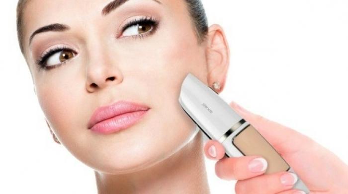 Уникальная вещь, которая соединяет в себе полезную функцию макияжа и лечебный эффект. /Фото: media.baoduhoc.vn