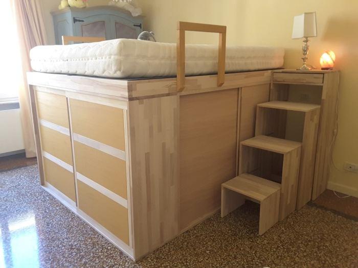 Высокая кровать Impero Young. /Фото: idfdesign.com