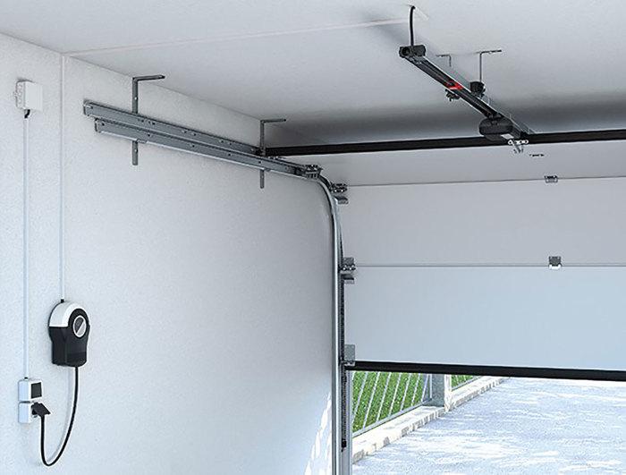 Удобный и практичный вариант для небольшого гаража. /Фото: boschat-laveix.com