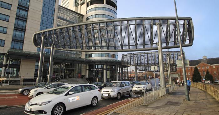 Металлические конструкции снижают скорость ветра. /Фото: steelconstruction.org
