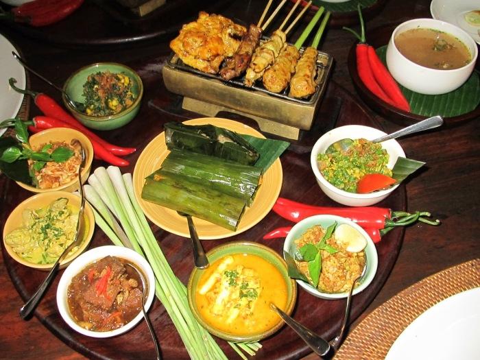 Местная кухня довольно специфична, но ее критика расценивается как оскорбление. /Фото: 4.bp.blogspot.com
