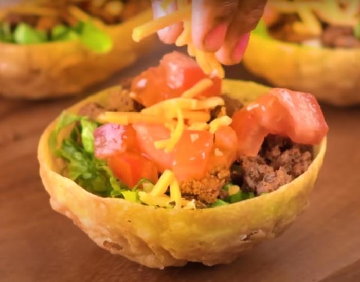 Просто, вкусно и очень красиво. /Фото: youtube.com