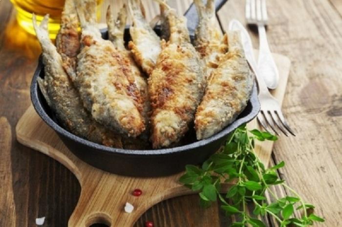 Рыба лучше чувствует себя на сковородке или в духовке. /Фото: sun9-52.userapi.com
