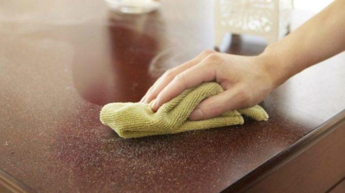 Все поверхности будут чистыми, если запастись универсальным средством. /Фото: vite.press
