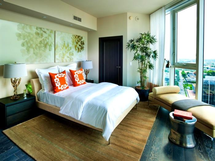 Добавляем воздуха и полезности в спальню. /Фото: rsynews.com