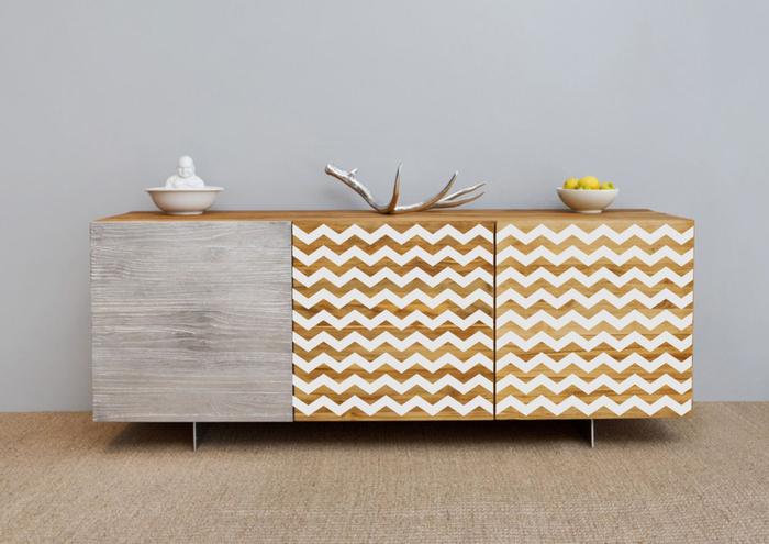 Переделать старую мебель на новый манер не так уж сложно. /Фото: vkurselife.com