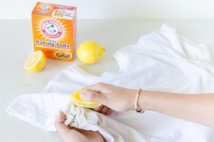 Лимон и пищевая сода — действенное средство в борьбе с пятнами. /Фото: thumbs.web.sapo.io