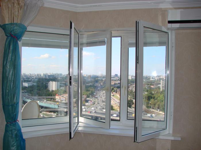 Свежий воздух с улицы полезен для здоровья и для хорошей работы кондиционера. /Фото: serafimovich.okna.click
