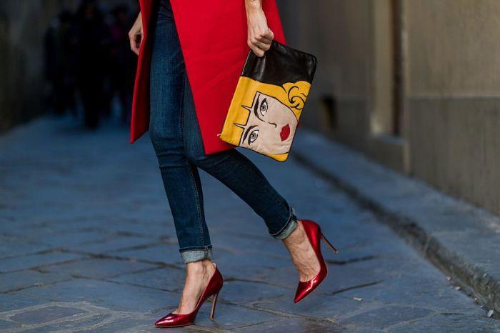 Элегантная дизайнерская сумочка — достойное украшение офисного наряда. /Фото: img.p-advice.com
