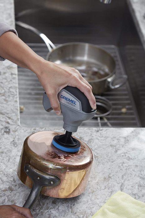 Вращаясь невероятно быстро, этот прибор может почистить что угодно. /Фото: images-na.ssl-images-amazon.com