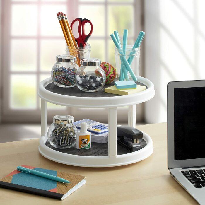 Вращающийся органайзер – очень практичная вещь. /Фото: images-na.ssl-images-amazon.com