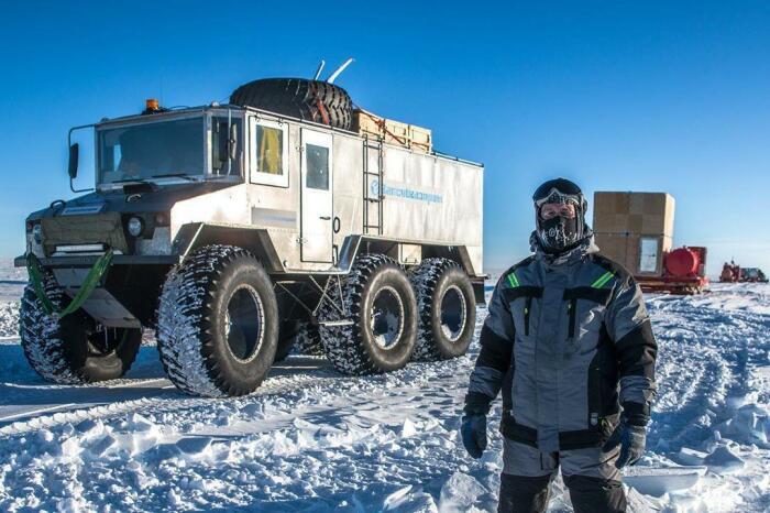 «Бурлак» в Антарктиде. /Фото: burlakoffroad.ru