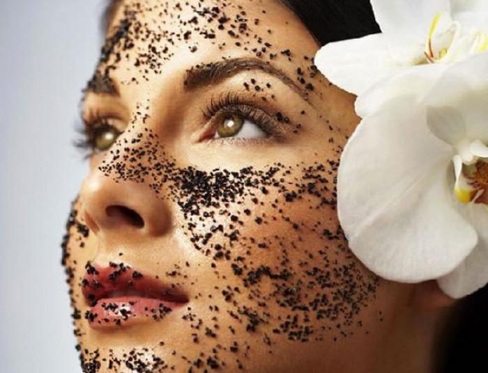 Скраб — отличный помощник в борьбе за красоту кожи и здоровый цвет лица. /Фото: loususi.info
