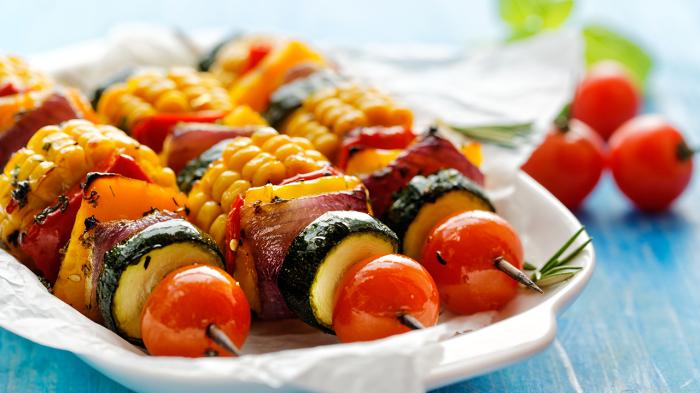 Разумный отказ от мяса — еще одни способ уменьшить расходы на продукты. /Фото: blog.tefal.co.uk