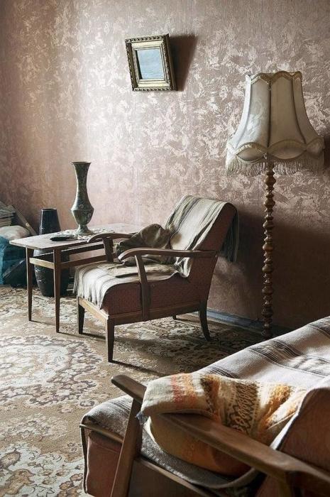 Салфетки в СССР были одним из основных средств украшения интерьера. /Фото: st.violity.com