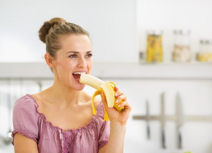Бананы – прекрасный, вкусный плод, способный восполнить недостачу калия в организме. /Фото: ncnskincare.com