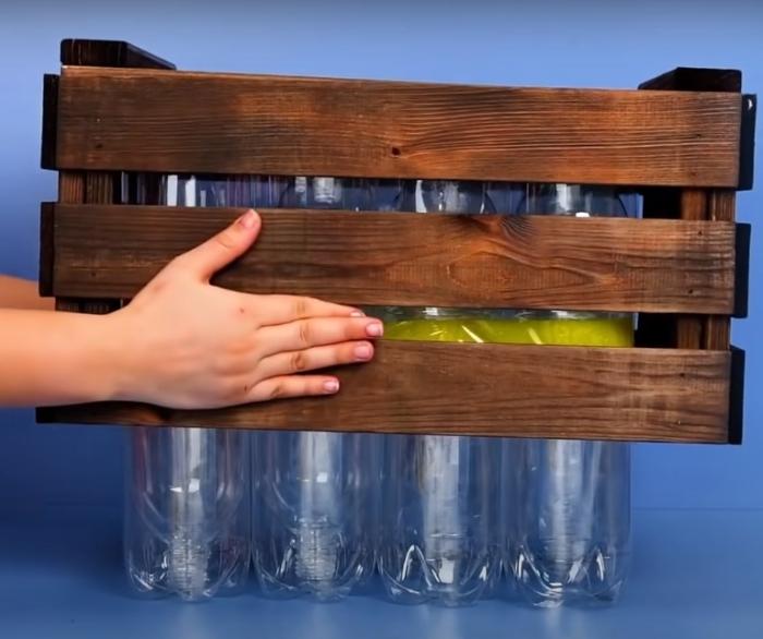 Быстрое и простое изготовление пуфа для квартиры. /Фото: youtube.com