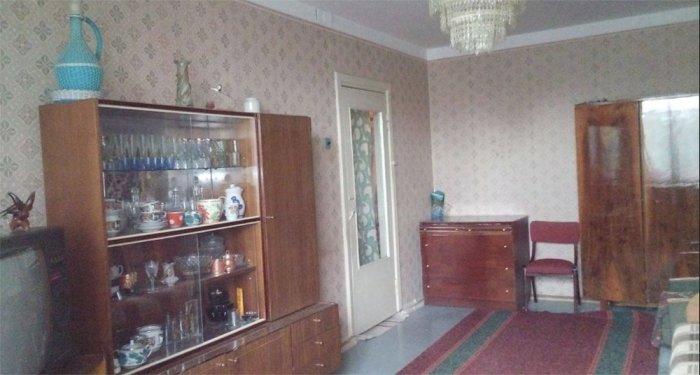 Сувениры с отдыха становились неотъемлемой частью интерьера советских интеллигентов. /Фото: pbs.twimg.com