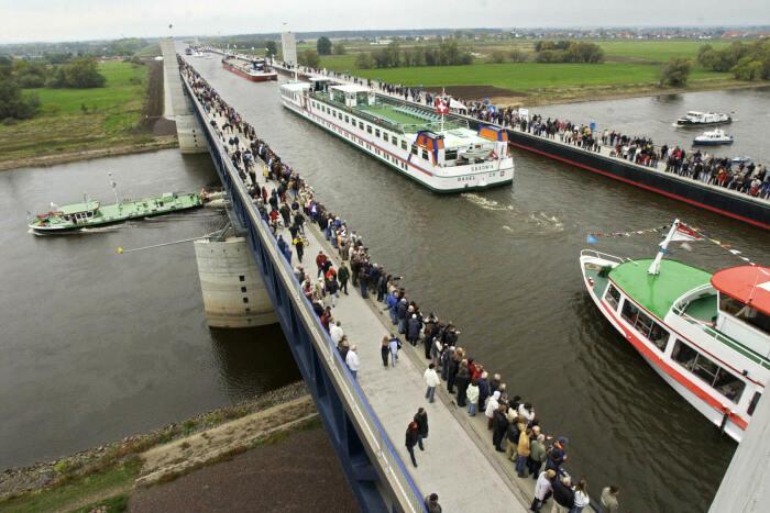 Магдебургский водный мост – уникальный проект, пока не имеющий аналогов в Европе. /Фото: vcdn-dulich.vnecdn.net