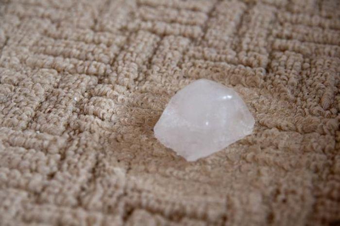 Даже после вмятин ковер может стать идеально ровным. /Фото: img.3a2ilati.com