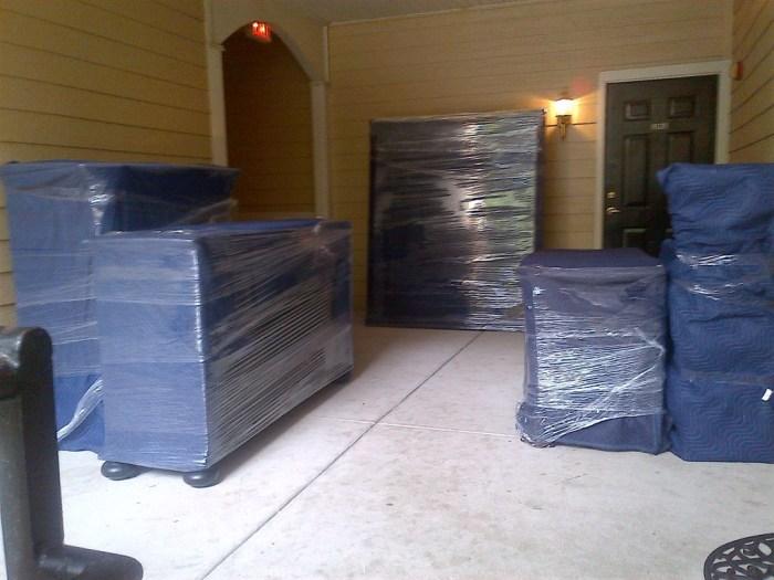 Немножко дополнительных расходов в результате сэкономят большее количество денег, которые могло бы понадобиться на ремонт мебели. /Фото: i1.wp.com