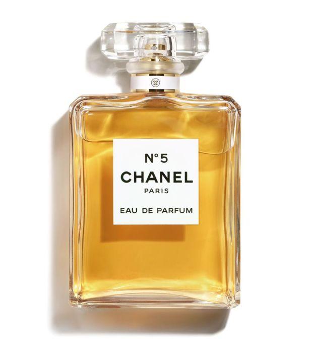 Аромат Chanel № 5 стал легендой парфюма. /Фото: image.harrods.com
